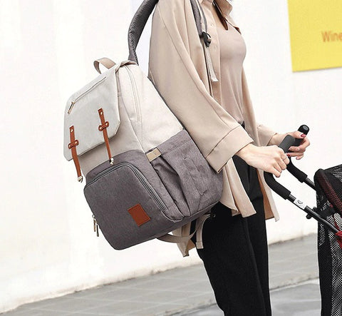 FAMICARE-Diaper-Bag-With-USB-Port-Stoller-Straps