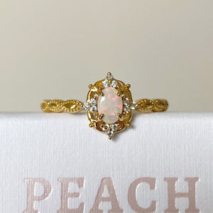 Load image into Gallery viewer, Dahlia Opal Ring Gold