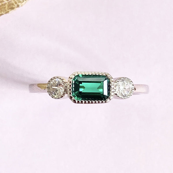 Esme Emerald Band Ring