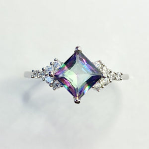 Load image into Gallery viewer, Eloise Mystic Topaz Ring