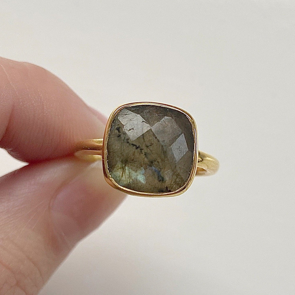 Load image into Gallery viewer, Ella Labradorite Ring - Size 6