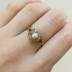 Load image into Gallery viewer, Ten Diamond Pearl Ring