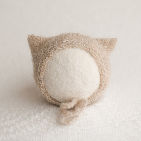 Newborn Knitted Kitten Bonnet - Light Beige