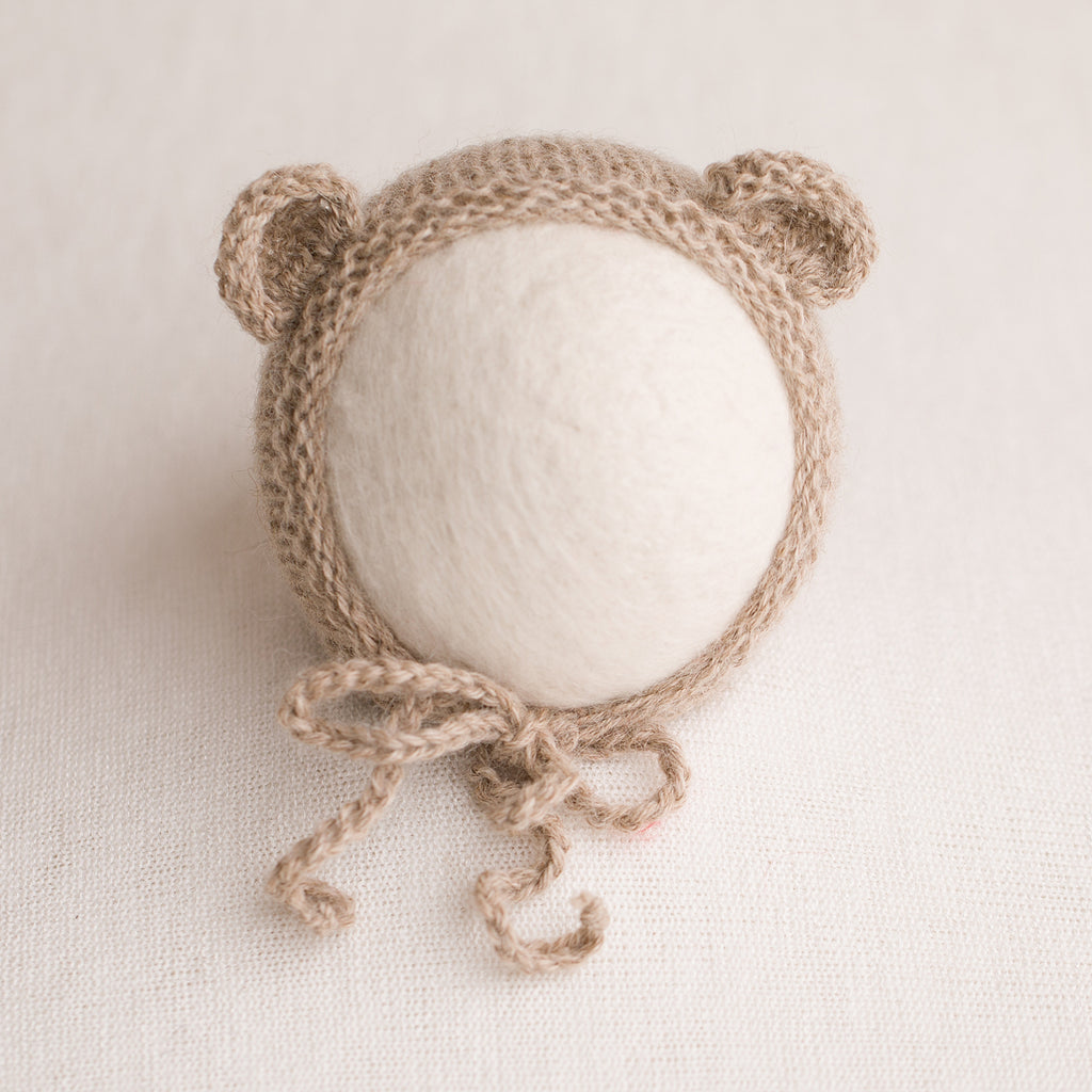 Newborn Prop Knitted Bear Bonnet- Light Camel