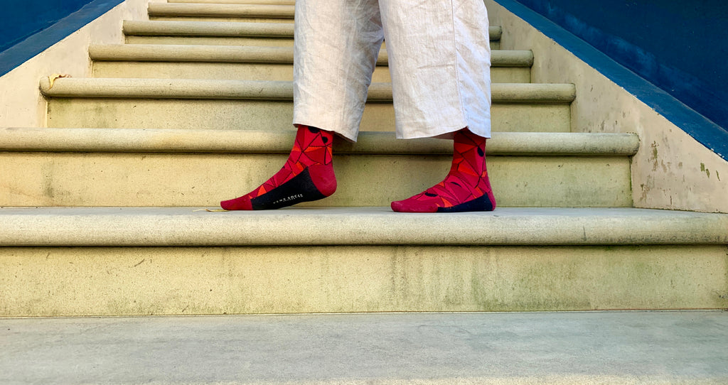 Yenz red geometric socks