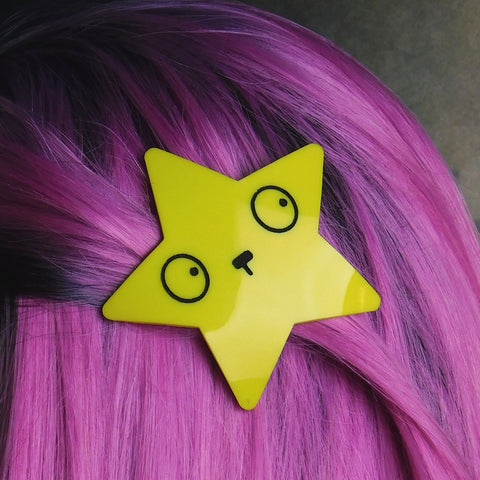 Small Yellow Star Hair Clip with Emoji Face