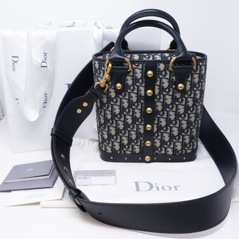 DiorAvenue Bucket Bag