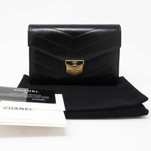 Classic Flap Wallet Black Calf Leather