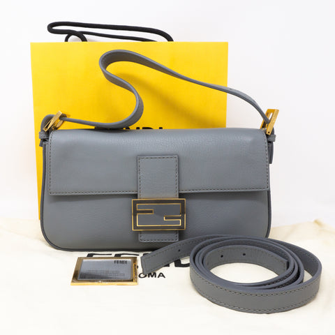 Baguette Crossbody Light Gray Leather
