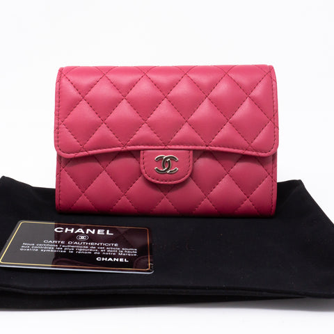 Medium Classic Flap Wallet Pink Leather