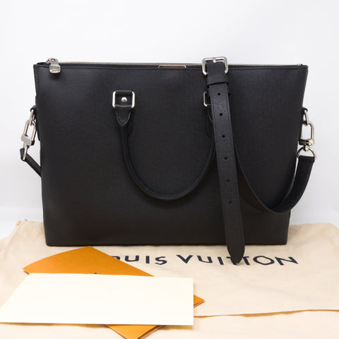 Anton Soft Briefcase Black Taiga Leather