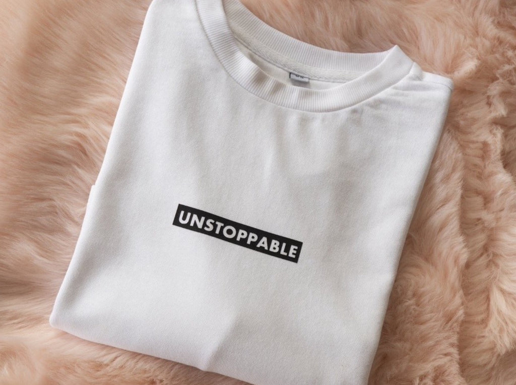 UNSTOPPABLE CROPPED SWEATER WHITE