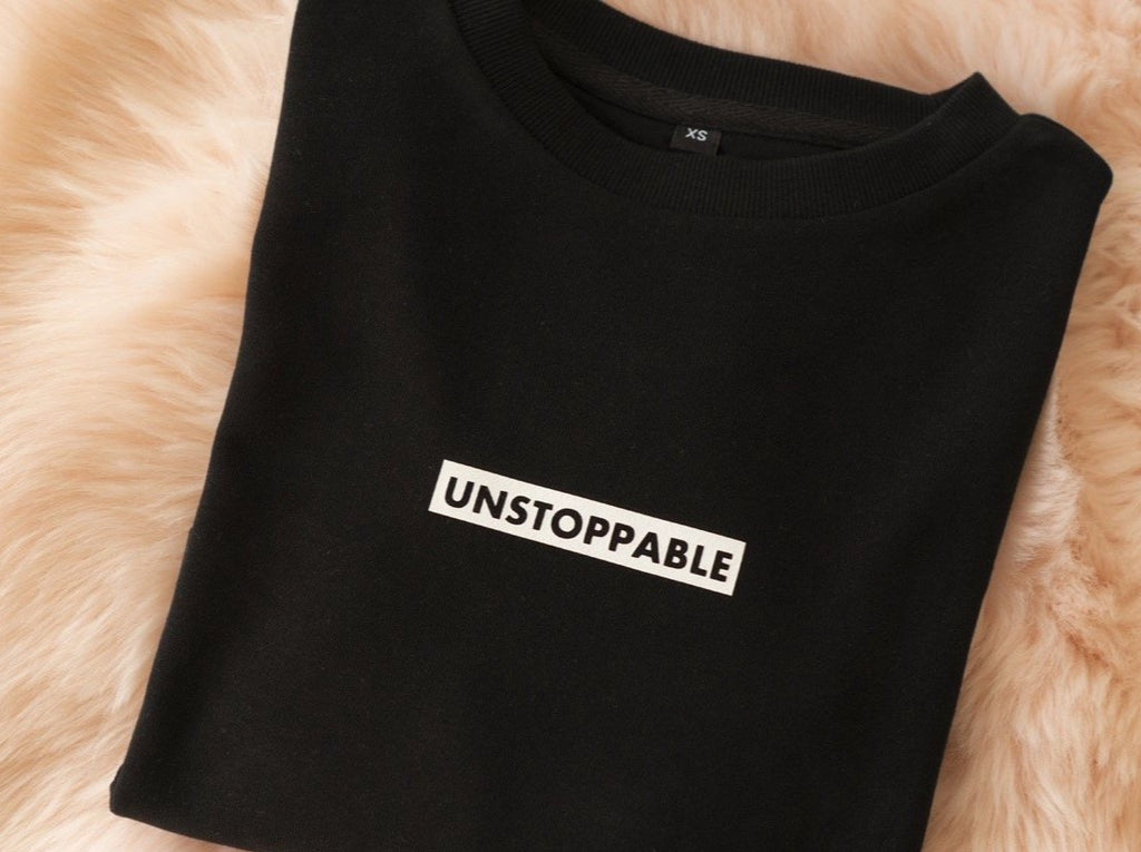 UNSTOPPABLE CROPPED SWEATER BLACK