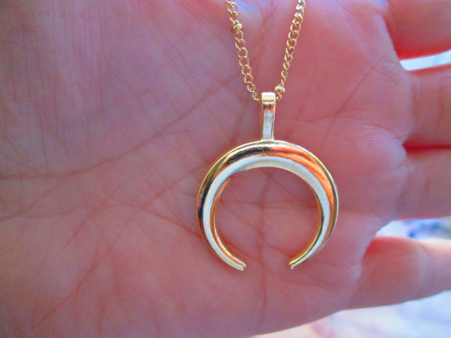 gold crescent moon necklace uk