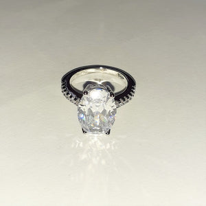Oval Sterling Silver Ring - Sparkly Dolls