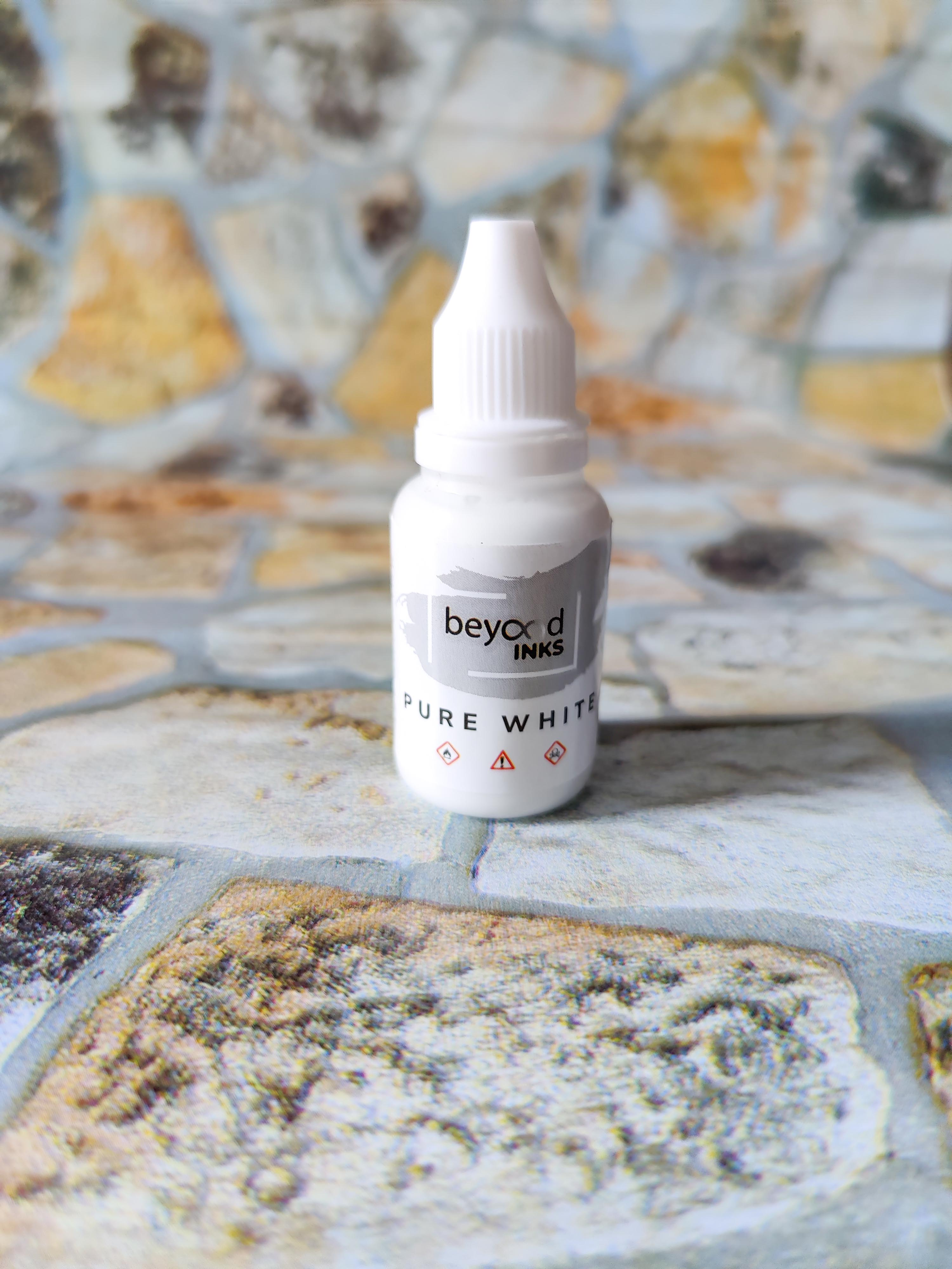 Beyondinks White Alcohol Ink Resin SInker