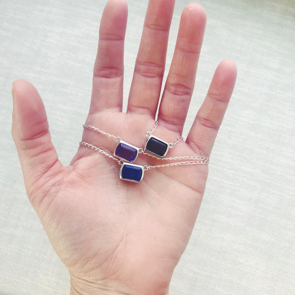 Ventana Solitaire Necklace in Lapis