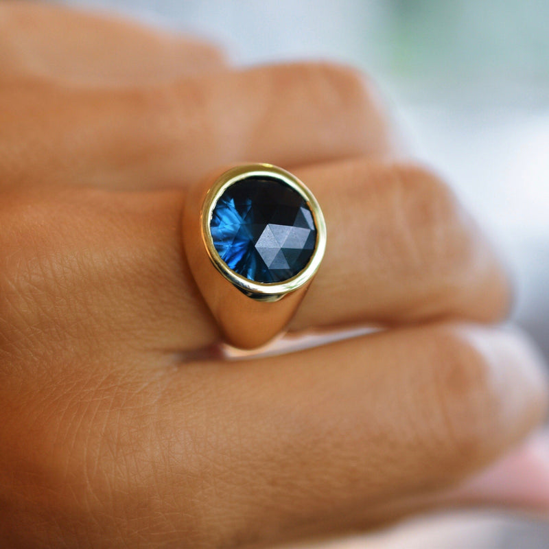 Lang Ring in 14k Gold with London Blue Topaz