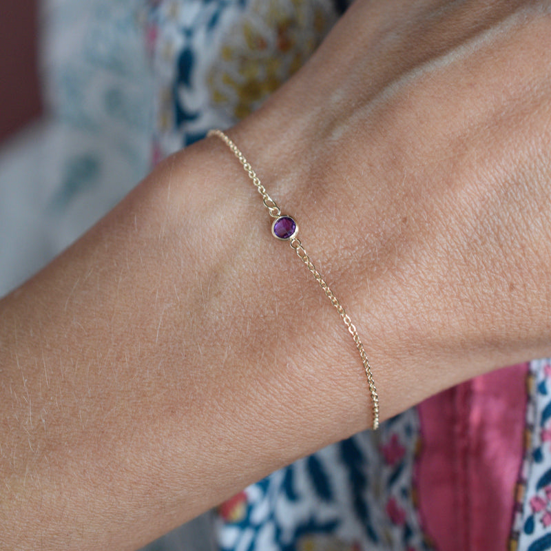 Solitaire Birthstone Bracelet 14k Gold with Amethyst (February)