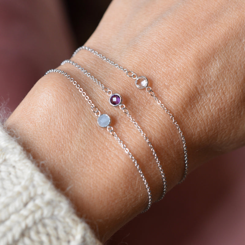 Solitaire Birthstone Bracelet 14k Gold with White Topaz (April)