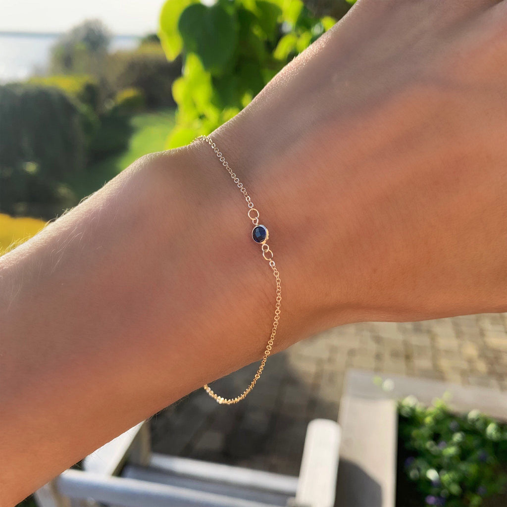 Solitaire Birthstone Bracelet 14k Gold with Sapphire (September)