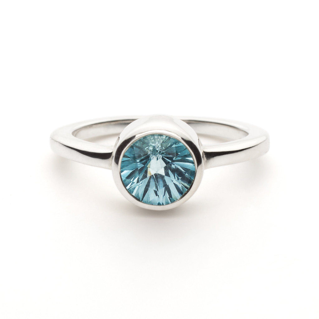 Lang Mini Ring in Sky Blue Topaz