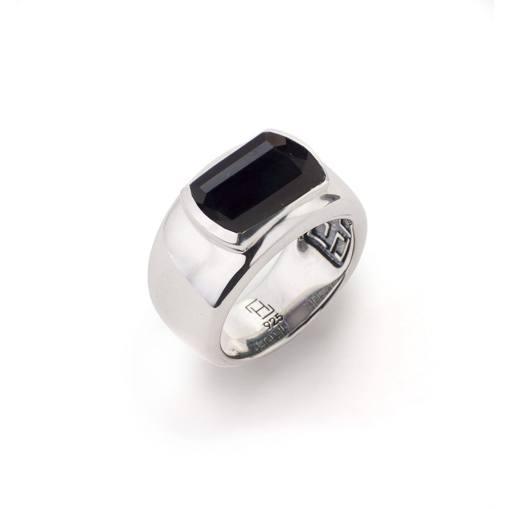 Ventana Ring in Black Onyx