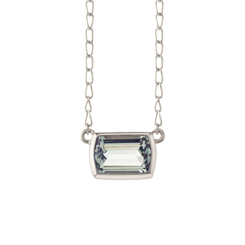 Ventana Solitaire Necklace in Mint Quartz