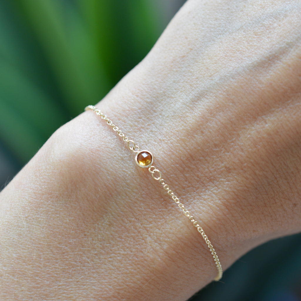 Solitaire Birthstone Bracelet 14k Gold with Citrine (November)