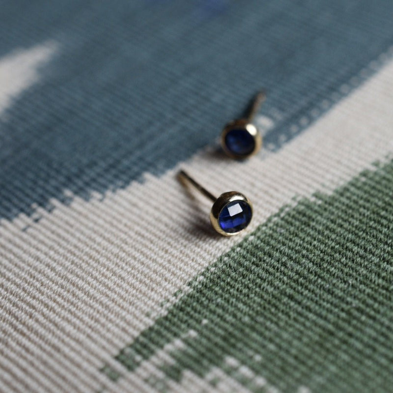 Birthstone Studs 14k Yellow Gold with Sapphire (September)