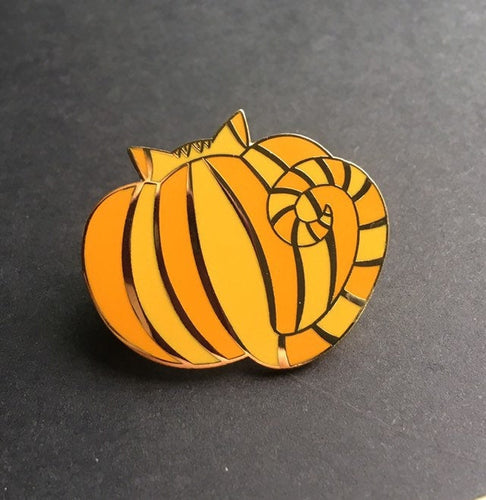 Pumpkin Cat hard enamel pin