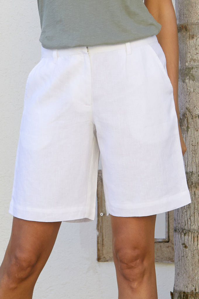 Alexandra Long Linen Shorts | White - Aspiga