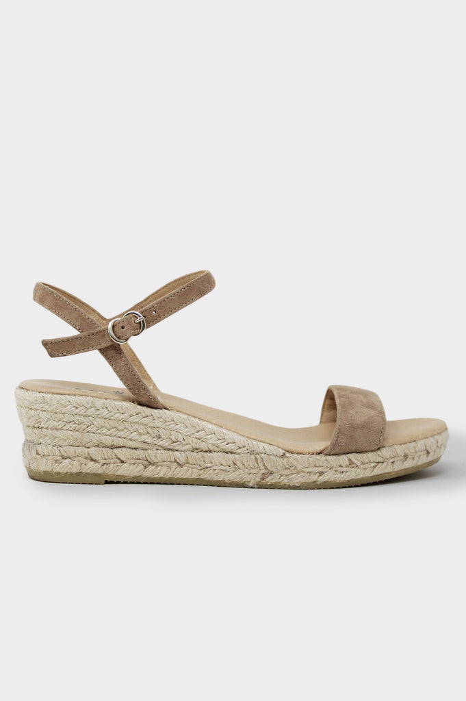 Moli Low Wedge Espadrilles | Almond - Aspiga