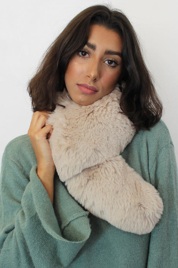Image: large-faux-fur-collar-camel