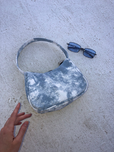 Cloud 9 Purse