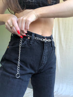 Space in Chains Belt