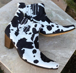 Cow Print Western Boots / 8