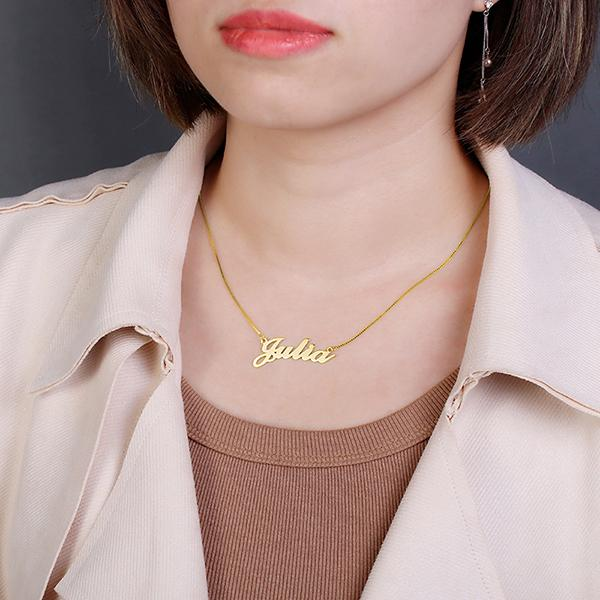 Personalized Classic Name Necklace in 18k Gold Plated