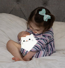 Load image into Gallery viewer, Lumipets LED Cat Night with Remote