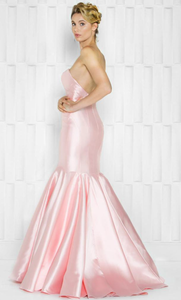 Vestido color blush entallado corte sirena - Laila's Dress