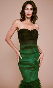 Vestido largo drapeado strapless color verde - Laila's Dress