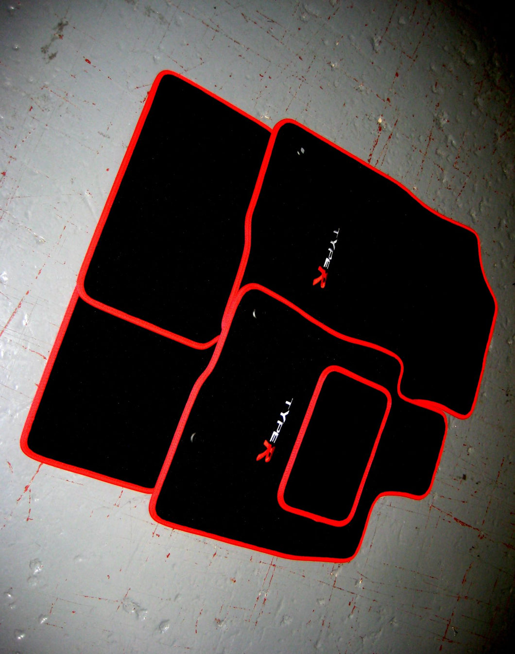 Honda Civic Type R FK8 (2017-Present) Tailored Logo Car Mats + Type R Logos