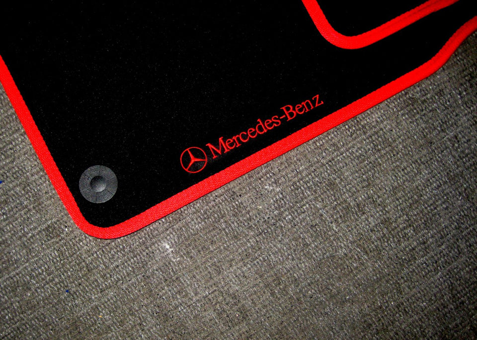 Mercedes-Benz E-Class Estate (2002-2009) Tailored Logo Car Mats + Mercedes-Benz Logos