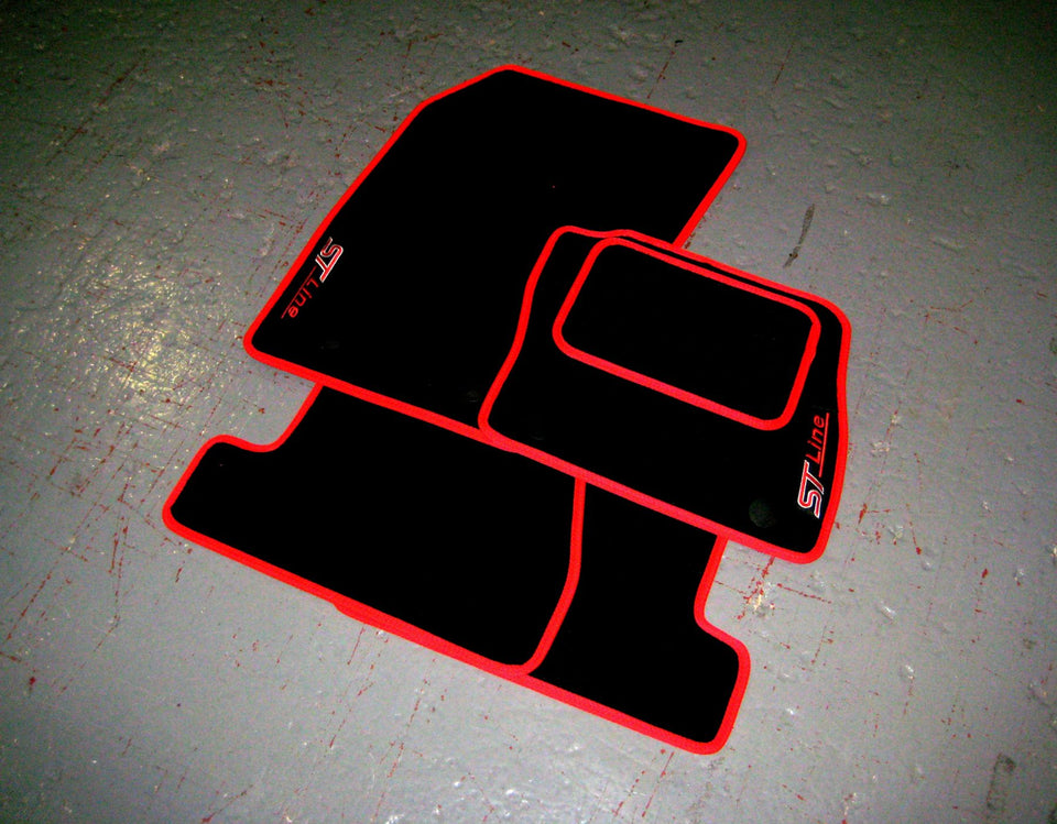 Ford Focus Mk3 ST-Line (2015-2018) Tailored Logo Car Mats + ST-Line Logos