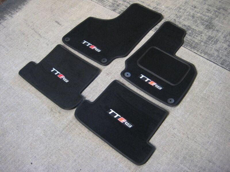 "Black SUPER VELOUR Car Mats to fit Audi TT Mk2 (06-14) + ""TT RS"" Logos (x4)"