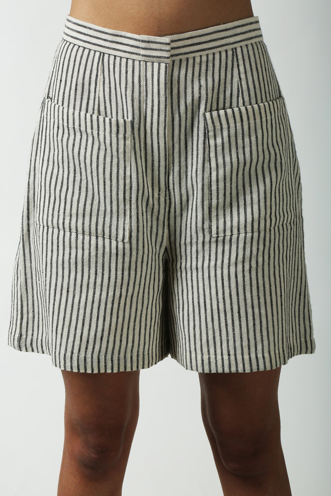Linen shorts-Shorts-AT 44-6degree.store