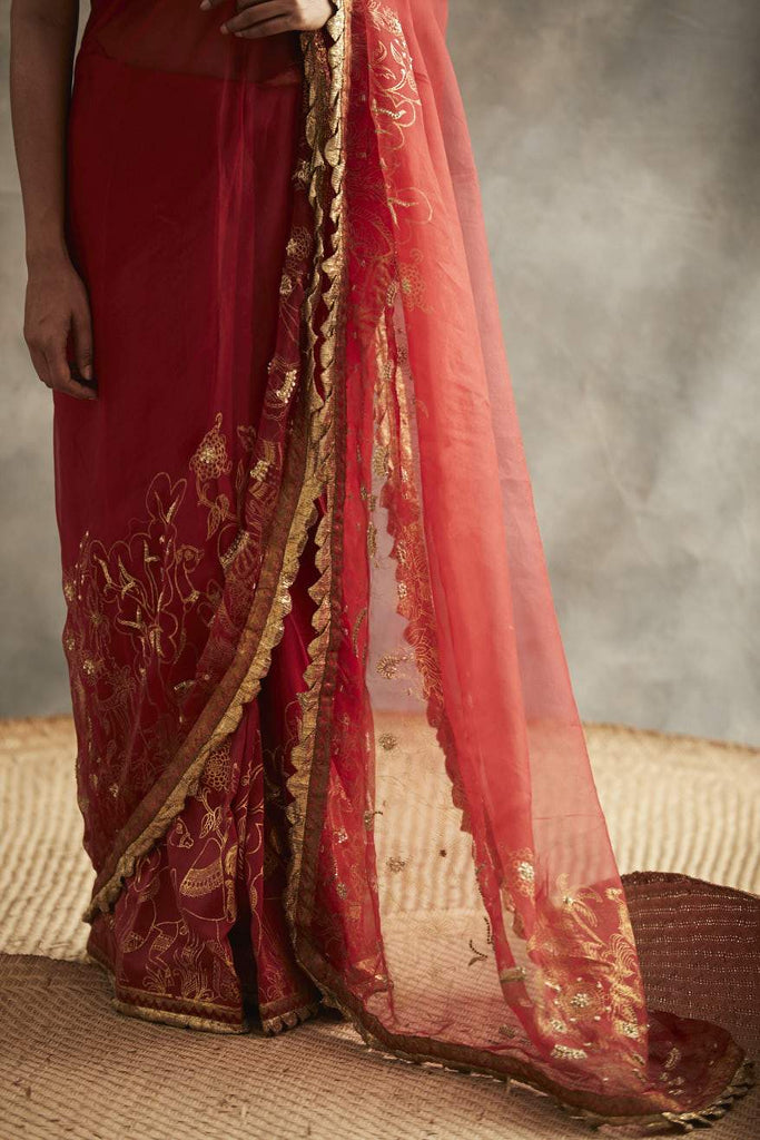 Red Saree-Saree-ITRH-6degree.store