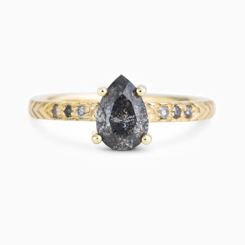 Pave Pear Solitaire