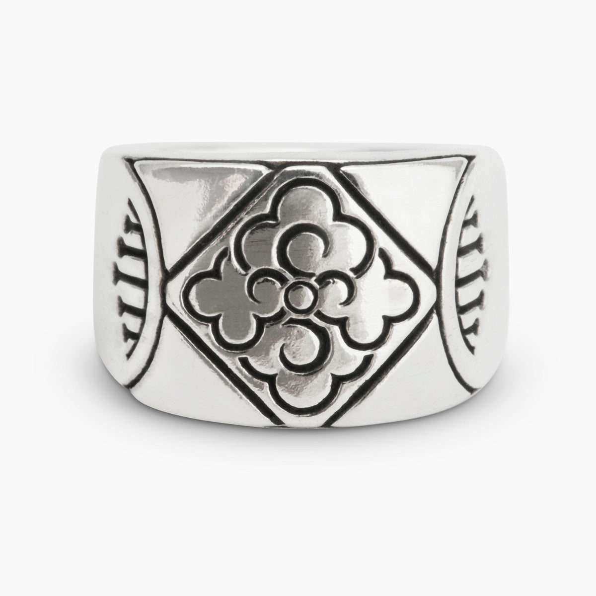 Tibetan Cloud Ring
