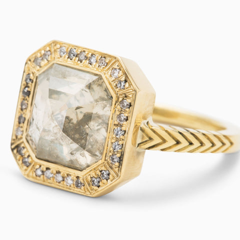 Emerald Cut Bastian